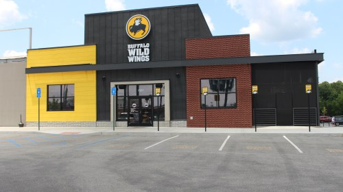 buffalo wild wings, discrimination