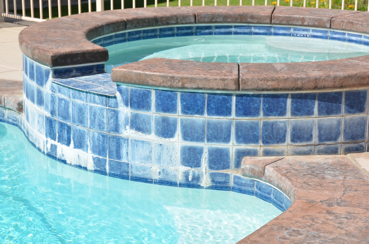pool tile cleaning diver s pool service
