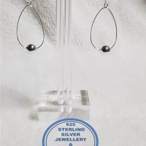 925 sterling Silver Earrings - Large with ball Price is for 1 pair of earrings 36mm diameter upside down teardrop All prices excludes national nominal door-to-door delivery fee Although some earrings might be similar size price is determined on weight as well as manufacturer although all our products are manufactured from the best quality 925 Sterling Silver.