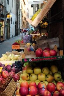 Florentine Fruit Stand