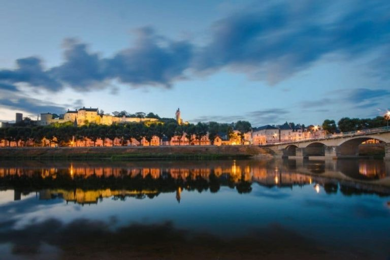 The city of Chinon, by the Vienne river, at night