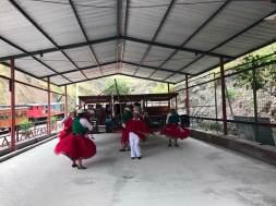 Tanzaufführung in Sibambe