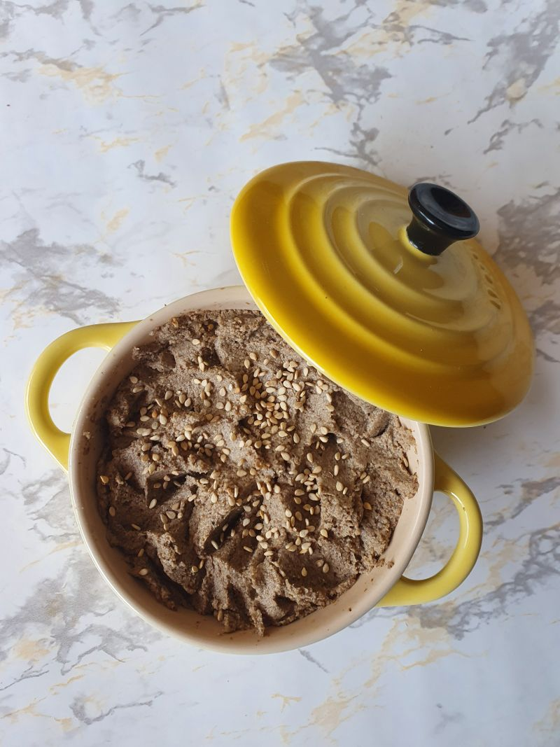 Paté de champiñones con nueces