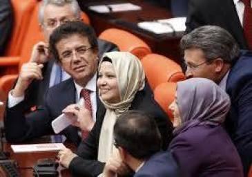Mujer II en Turkia