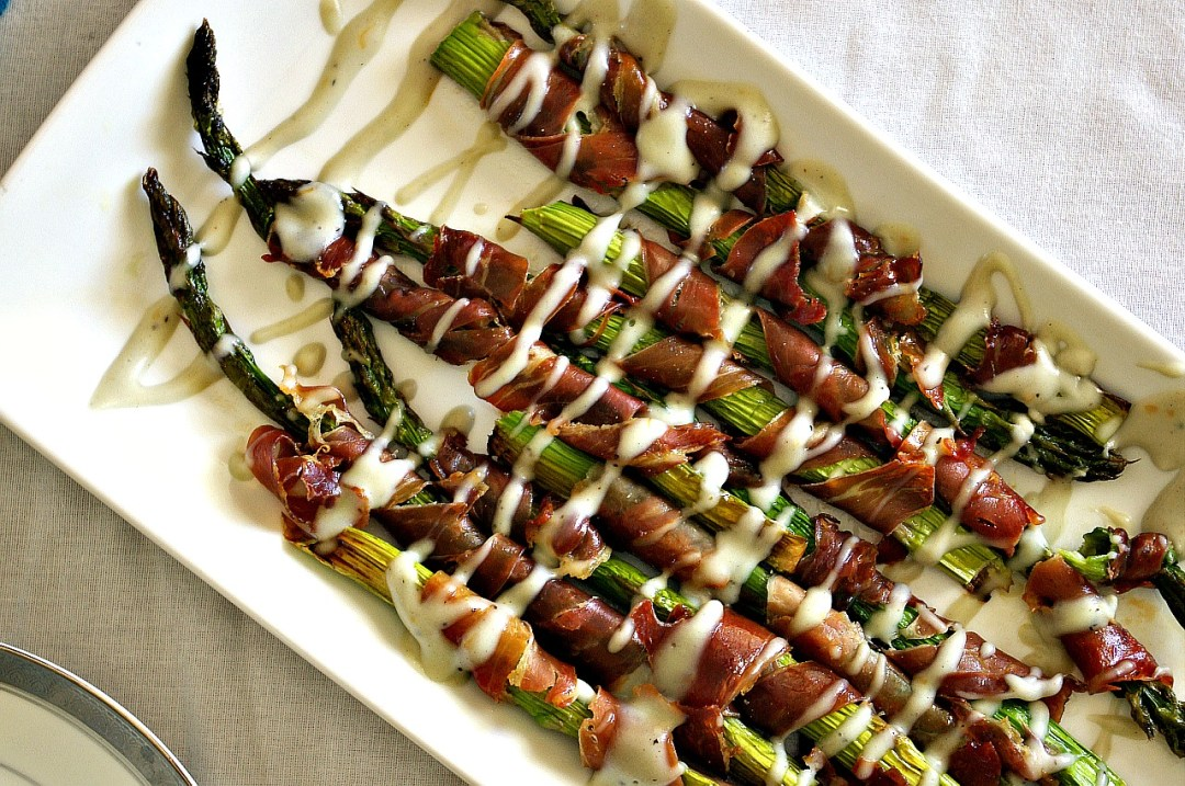 Prosciutto Wrapped Asparagus with Gruyere Sauce