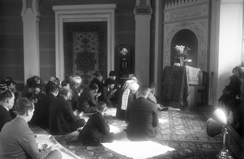 Bild tagen 1931 i den äldsta bevarade moskén i Tyskland