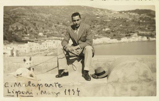Malaparte på Lipari 1934