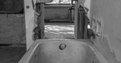 removing a cast iron bath