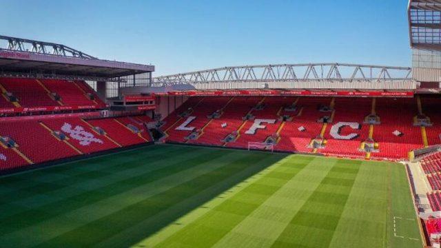 Liverpool'un kalan iç saha maçları için flaş karar