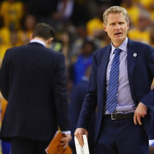 Warriors crack the code to Cavs defense in Game 2, can they do it in Game 3?