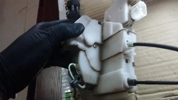 Driver door actuator 2003 Accord