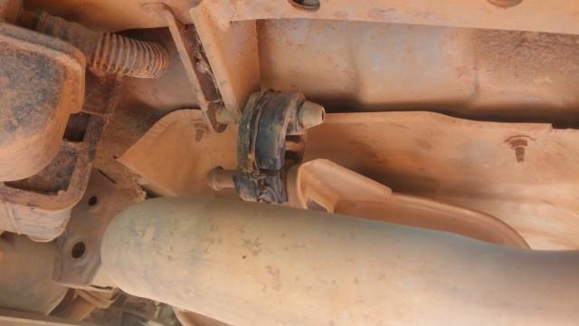 Broken exhaust rubber
