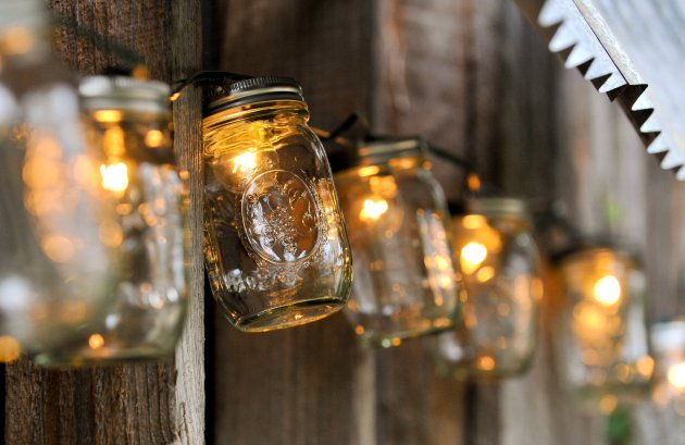 beautiful-creative-ways-of-repurposing-mason-jars-homesthetics______________________