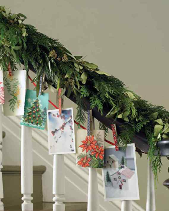 Christmas Card Garland - DIY Christmas Garlands