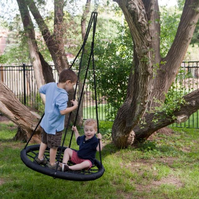 Nested-Tire-Swing-Kids