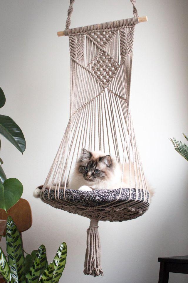 DIY-Cat-Bed-Hanging-Basket