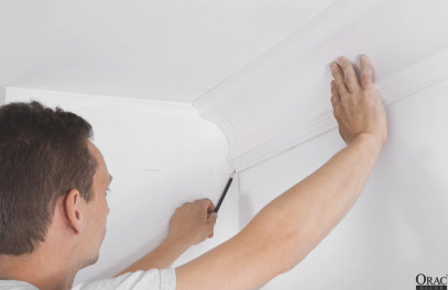 Marking a right hand internal mitre on coving