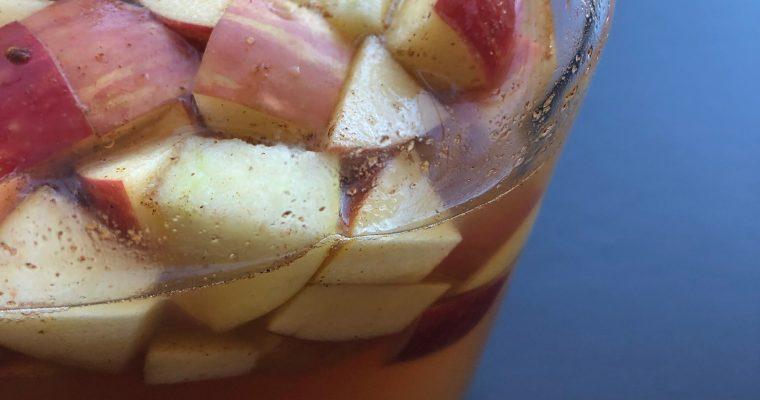 Apple Pie Sangria