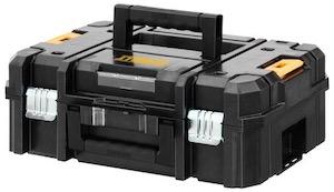 The DeWalt DWE315KT multi-tool comes in a TSTAK box