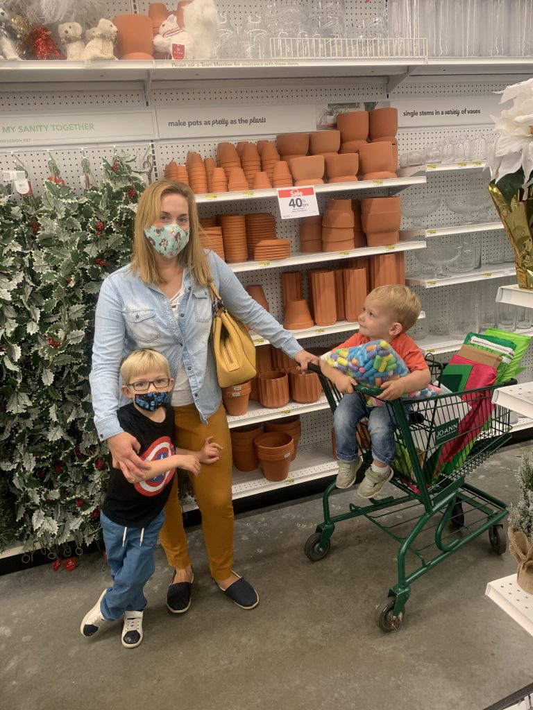 shopping with the kids for our audrey 2 halloween costume!