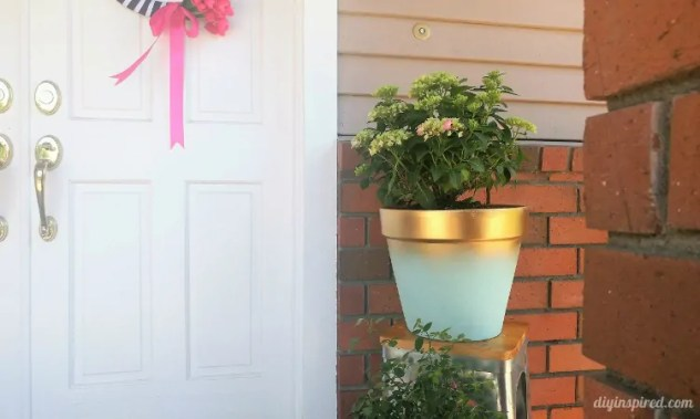 DIY Painted Terracotta Pot