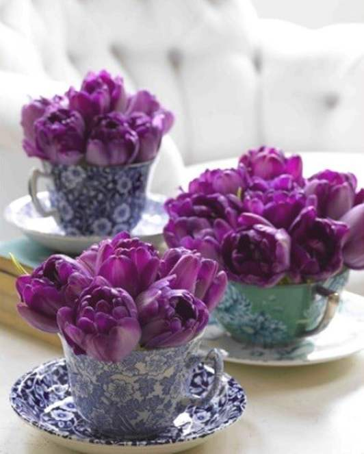 Easter Violets - 80 Fabulous Easter Decorations You Can Make Yourself