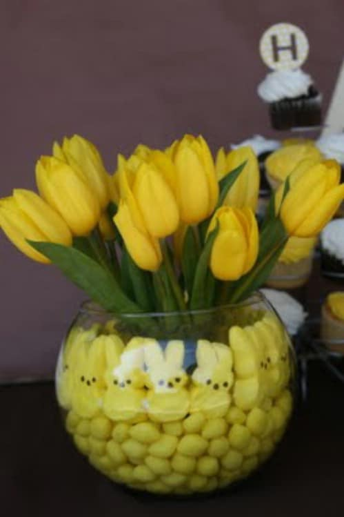Tulip Bouquet with Peeps - 80 Fabulous Easter Decorations You Can Make Yourself