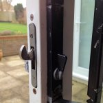 Removing Old Sliding Patio Door Lock And Handle Assembly Diynot Forums