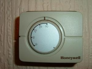 Replacing old Honeywell room thermostat with T6360 | DIYnot Forums