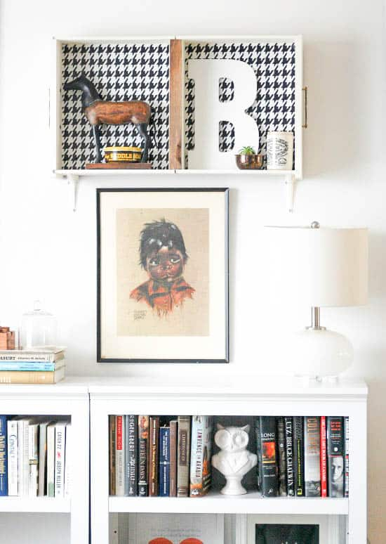 How to use old drawers and hang them on the wall