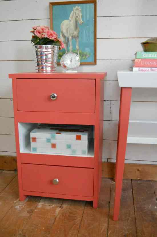 How to Paint an End Table 5