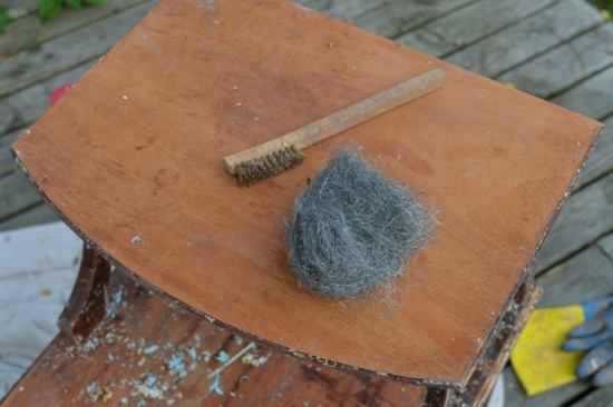 Stripping a Table Steel Wool