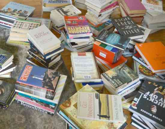 Decluttering Books with KonMari