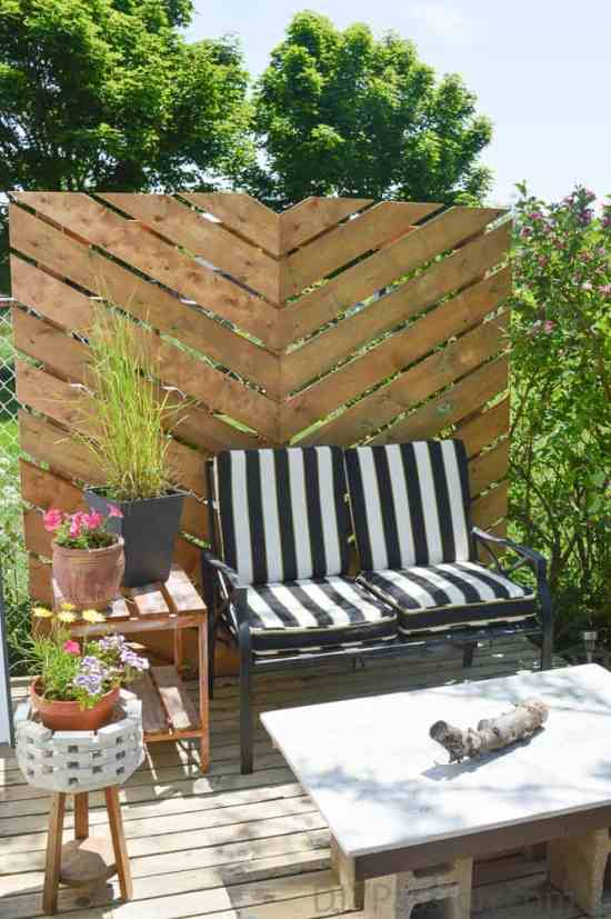 How to build a simple chevron outdoor privacy wall for Small patio privacy screens