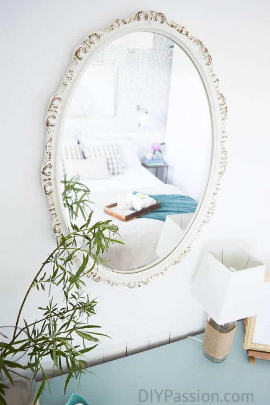 Mixed materials make the room feel cozy