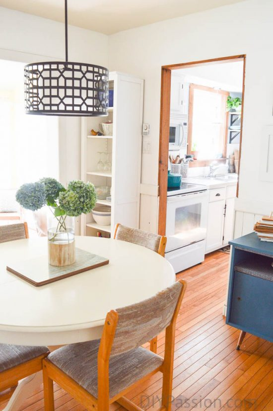 home-tour-dining-room-into-kitchen-diypassion-com