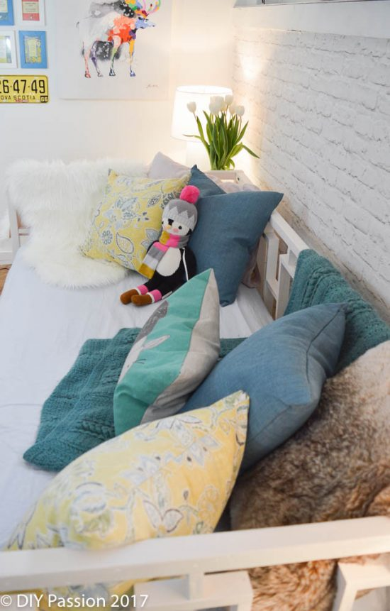 How to Style a Daybed like a Sofa in a Family Space