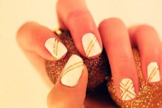 christmas gold nails