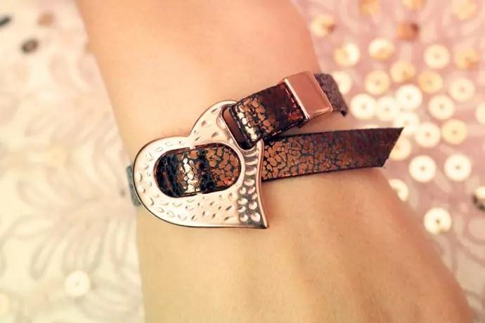 Armband med Roseguldshjärta
