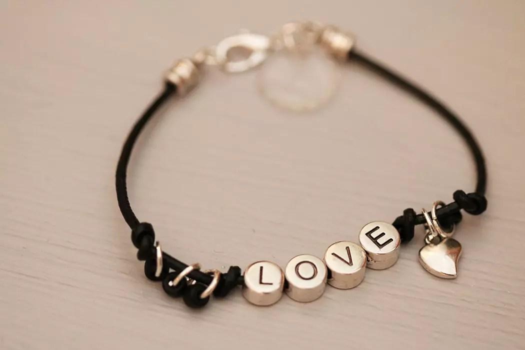 alla hjärtans dag armband