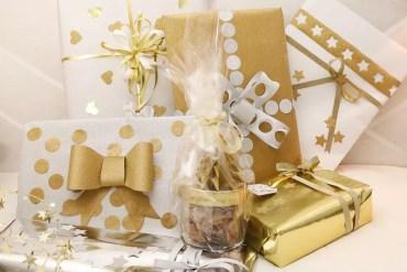 Julklappar och stanspyssel