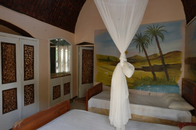 The hotel offers, private villa and rooms with private bathrooms