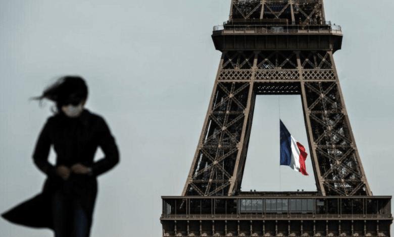 """صورة ثلاث """" حراقة"""" جزائريين يعتدون على فتاة بفرنسا"""