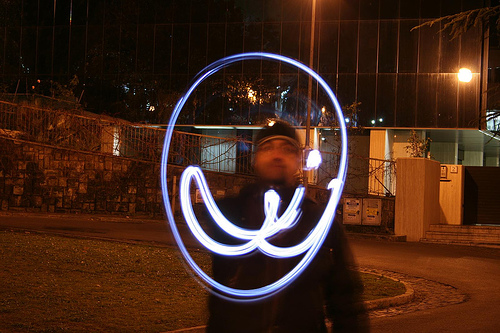 40+ Awesome Light Graffiti Pictures 28