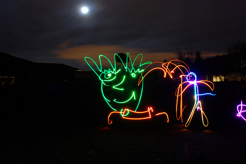 40+ Awesome Light Graffiti Pictures 6