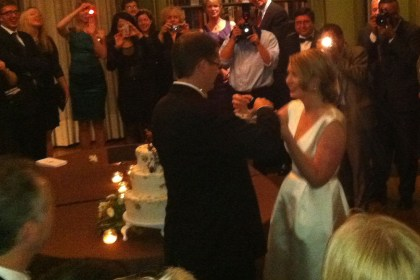 Diana & John cut the cake at Meridian House