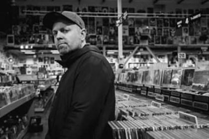 DJ Shadow @ Amoeba (Signing Session)