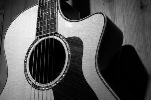 guitar black and white