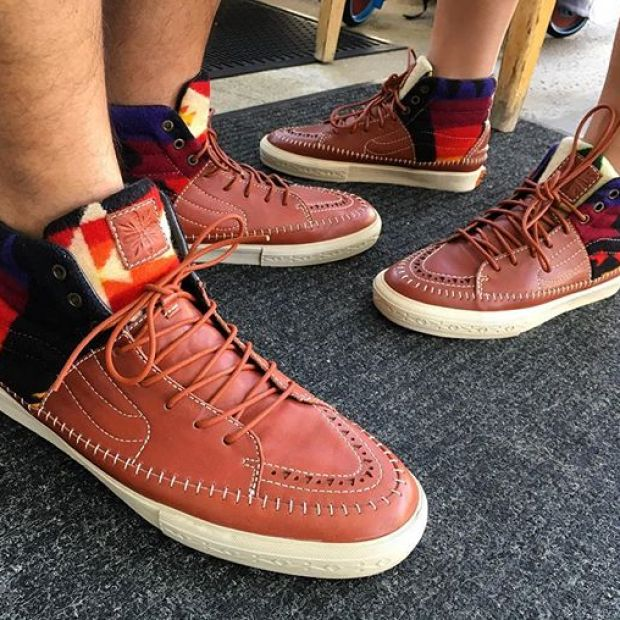 Our final day 31 of @tintin7117 and I's #31daysofvans (I know it's the 1st). One of our most prized pairs in our collection. The Vault x Taka Hayashi x Pendleton TH-Hi LX.  The shoes speak for themself!  I hope y'all were entertained for the past week with some cool pairs.  Maybe I'll try to do the entire month with her next year!  #underthepalms #strictlywaffles #takahayashi #takavans #vansvault #vaultbyvans
