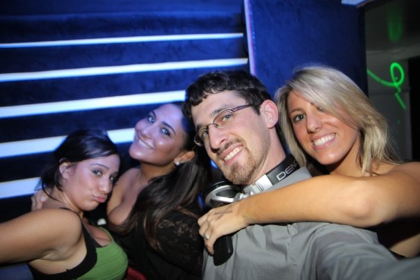 DJ Maskell hosts Ladies Night at Ultrabar